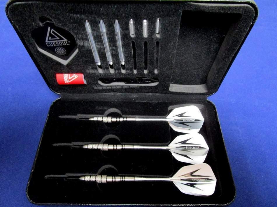 Cuesoul steel tip darts in open case