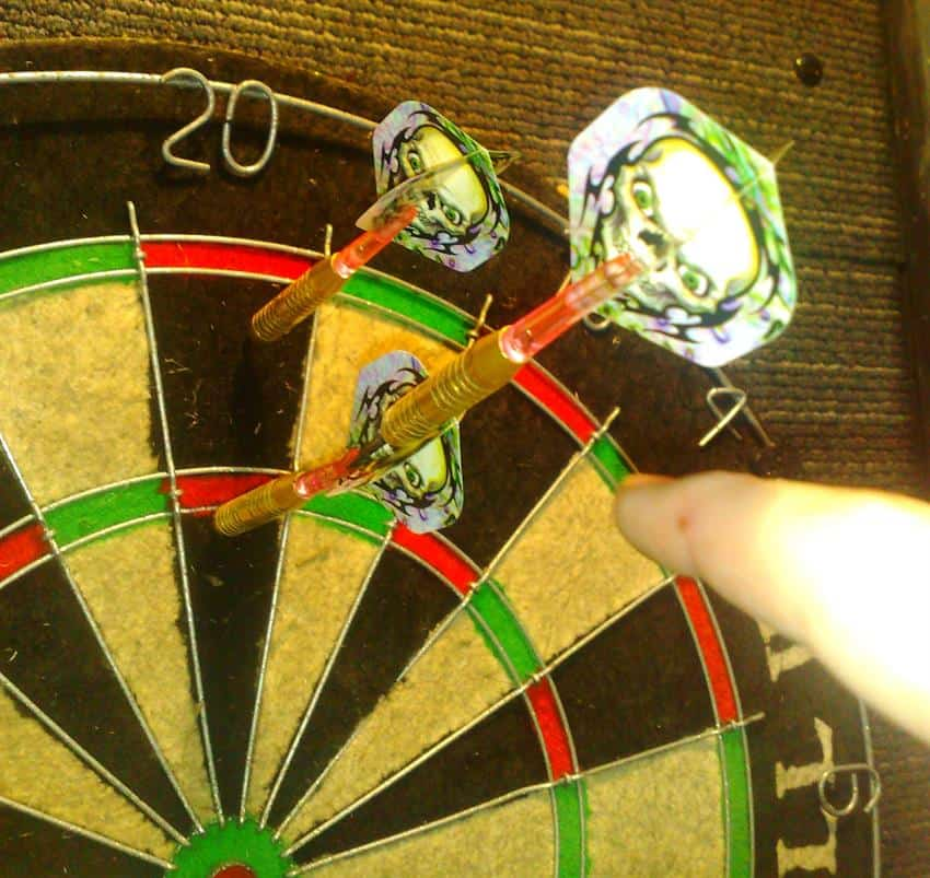 2 Darts in a Robin Hood